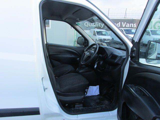 2015 Vauxhall Combo 2000 L1H1 CDTI (152D23466) Image 12