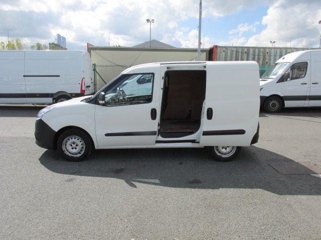 2015 Vauxhall Combo 2000 L1H1 CDTI (152D23469) Image 9