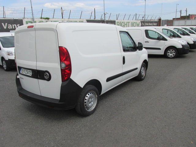 2015 Vauxhall Combo 2000 L1H1 CDTI (152D23470) Image 3