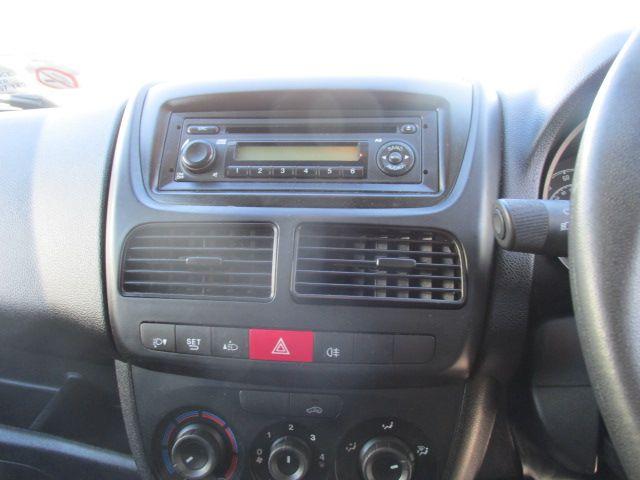 2015 Vauxhall Combo 2000 L1H1 CDTI (152D23472) Image 14
