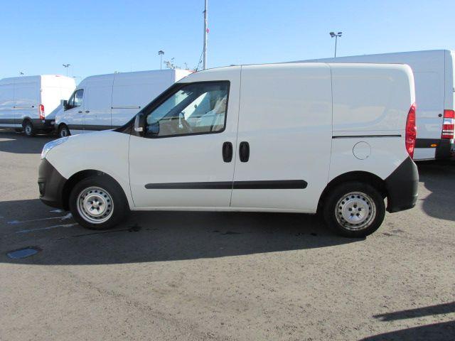 2015 Vauxhall Combo 2000 L1H1 CDTI (152D23472) Image 6