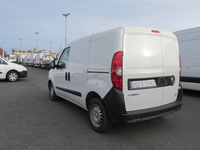 2015 Vauxhall Combo 2000 L1H1 CDTI (152D23482) Image 5