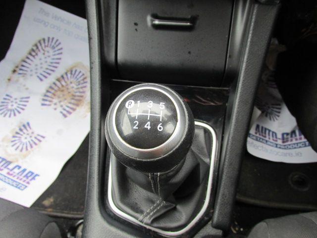2015 Toyota Auris 1.4d-4d Terra 4DR (152D23503) Image 10