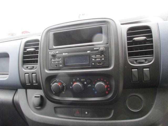 2015 Vauxhall Vivaro 2900 L2H1 CDTI P/V (152D23573) Image 15