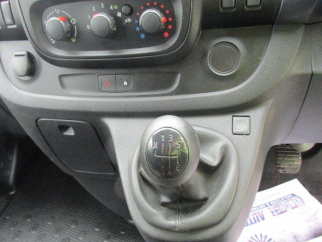 2015 Vauxhall Vivaro 2900 L2H1 CDTI P/V (152D23573) Image 14