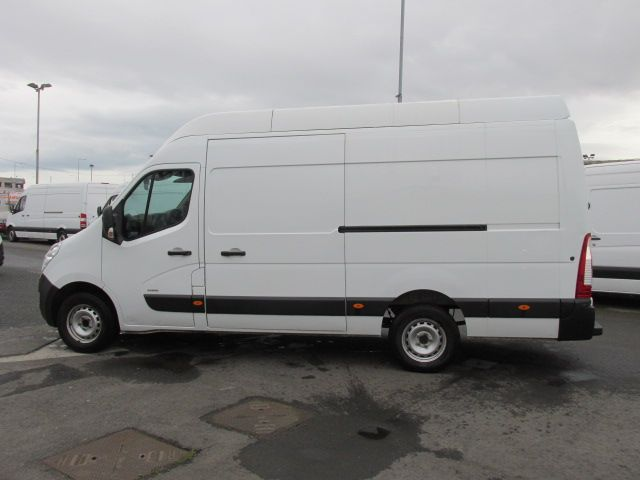2015 Vauxhall Movano R3500 L3H3 P/V CDTI (152D23603) Image 6