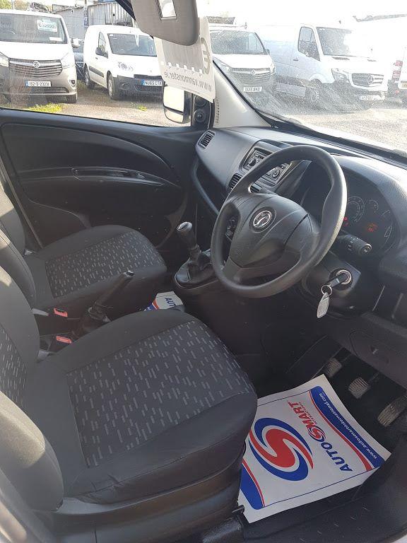 2015 Vauxhall Combo 2000 L1H1 CDTI (152D23668) Image 7