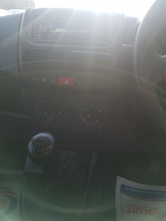 2015 Vauxhall Combo 2000 L1H1 CDTI (152D23668) Image 4
