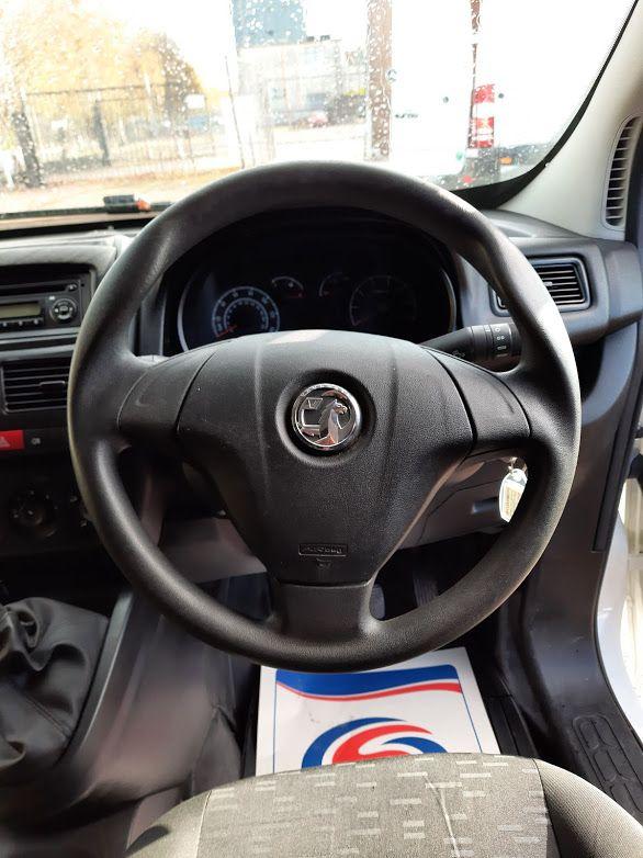 2015 Vauxhall Combo 2000 L1H1 CDTI (152D23670) Image 5