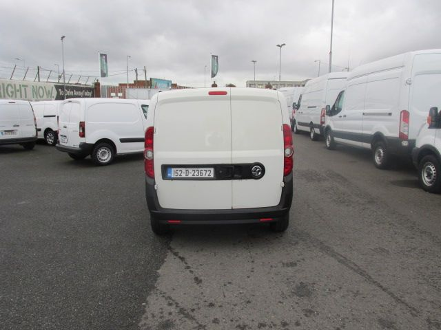 2015 Vauxhall Combo 2000 L1H1 CDTI (152D23672) Image 6