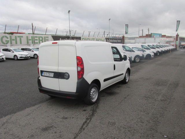 2015 Vauxhall Combo 2000 L1H1 CDTI (152D23672) Image 7