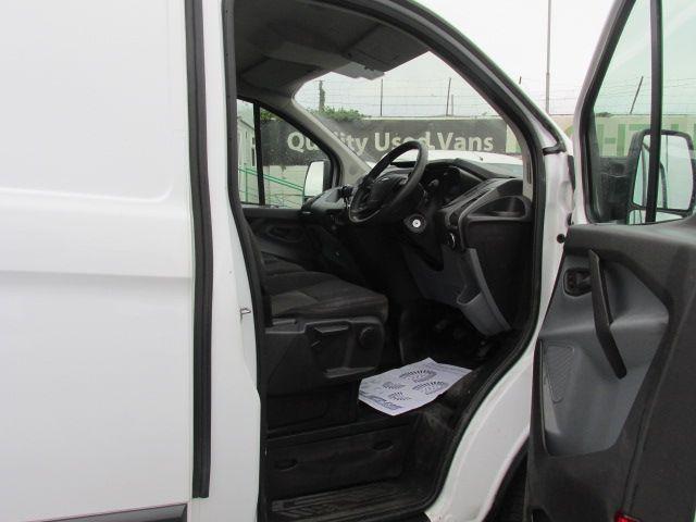 2015 Ford Transit Custom 290 LR P/V (152D23682) Image 13