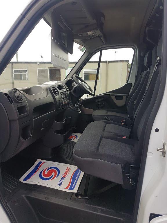 2015 Vauxhall Movano R3500 L3H3 P/V CDTI (152D23820) Image 16