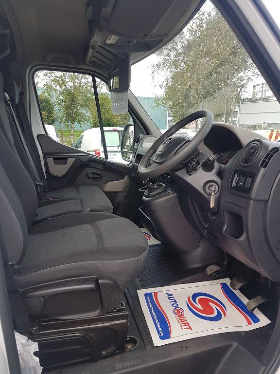 2015 Vauxhall Movano R3500 L3H3 P/V CDTI (152D23820) Image 8