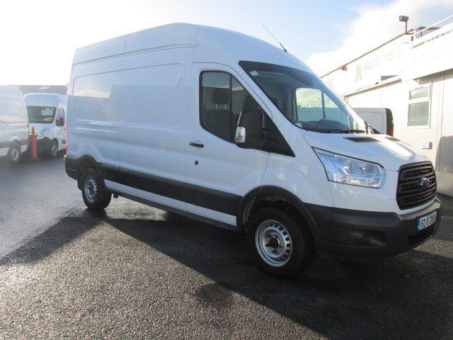 2015 Ford Transit 350 H/R P/V (152D23826)