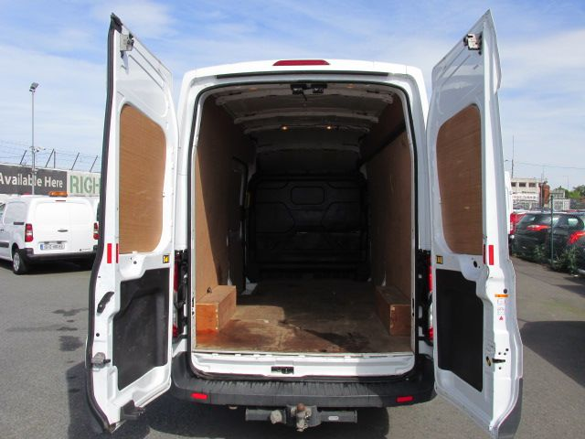 2015 Ford Transit 350 H/R P/V (152D23827) Image 5