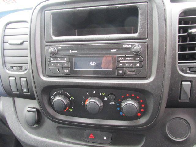 2015 Vauxhall Vivaro 2900 L2H1 CDTI P/V (152D23989) Image 12
