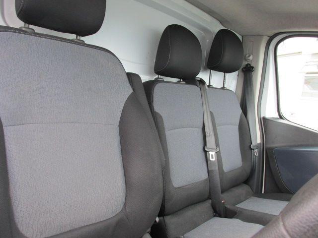 2015 Vauxhall Vivaro 2900 L2H1 CDTI P/V (152D23990) Image 11