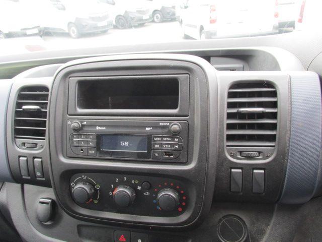 2015 Vauxhall Vivaro 2900 L2H1 CDTI P/V (152D23990) Image 13