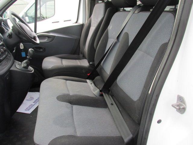 2015 Vauxhall Vivaro 2900 L2H1 CDTI P/V (152D23992) Image 10