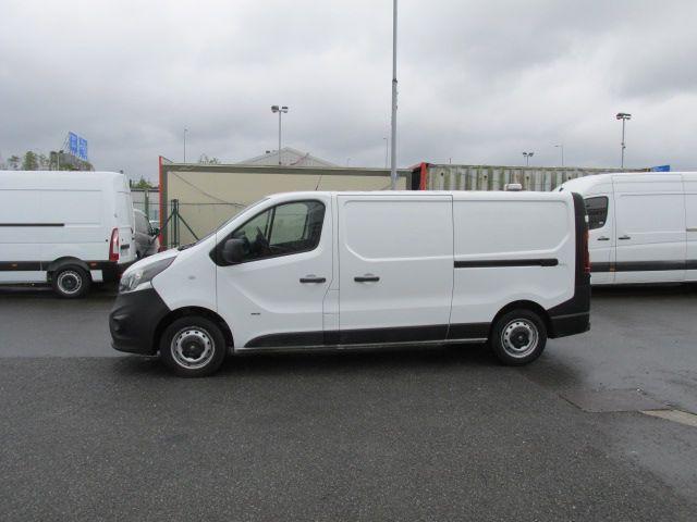 2015 Vauxhall Vivaro 2900 L2H1 CDTI P/V (152D23995) Image 3