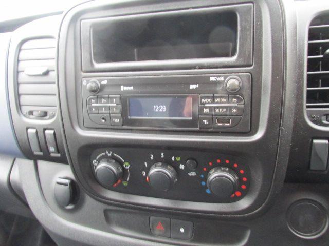 2015 Vauxhall Vivaro 2900 L2H1 CDTI P/V (152D23995) Image 12