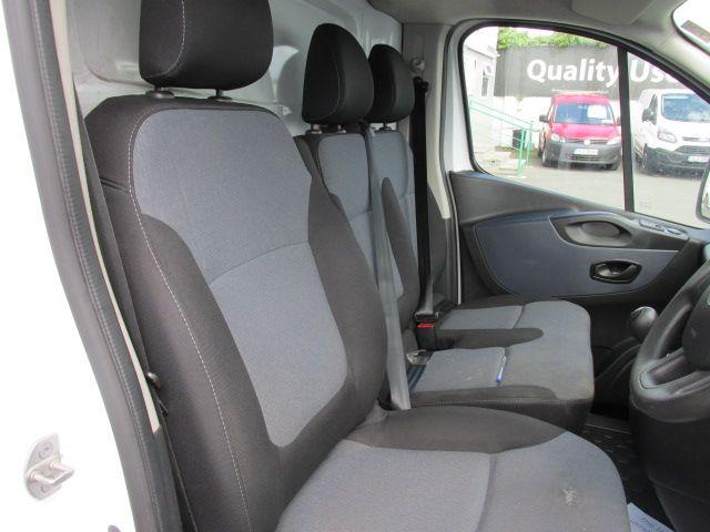2015 Vauxhall Vivaro 2900 L2H1 CDTI P/V (152D23996) Image 11