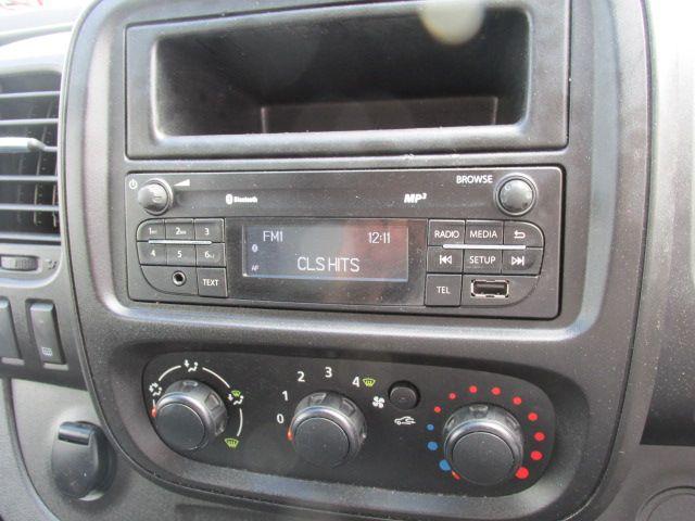 2015 Vauxhall Vivaro 2900 L2H1 CDTI P/V (152D23996) Image 12