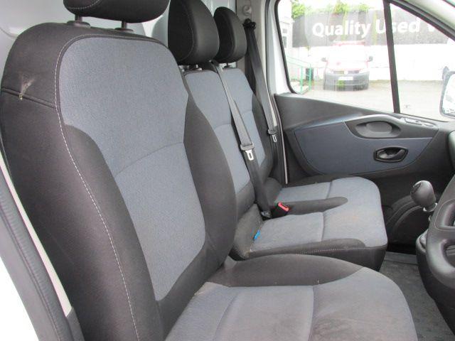 2015 Vauxhall Vivaro 2900 L2H1 CDTI P/V (152D24005) Image 9