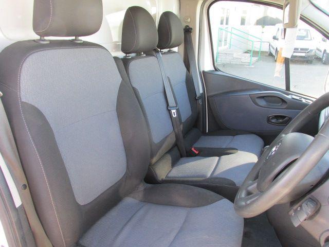 2015 Vauxhall Vivaro 2900 L2H1 CDTI P/V (152D24012) Image 14