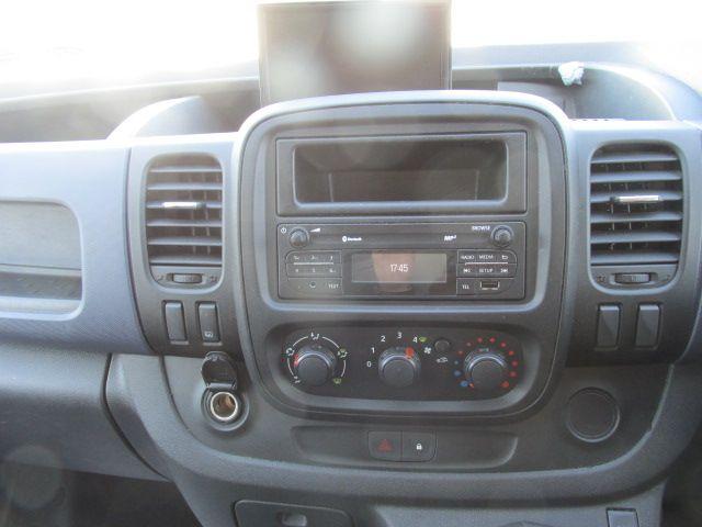 2015 Vauxhall Vivaro 2900 L2H1 CDTI P/V (152D24012) Image 11