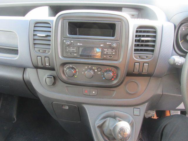 2015 Vauxhall Vivaro 2900 L2H1 CDTI P/V (152D24016) Image 14