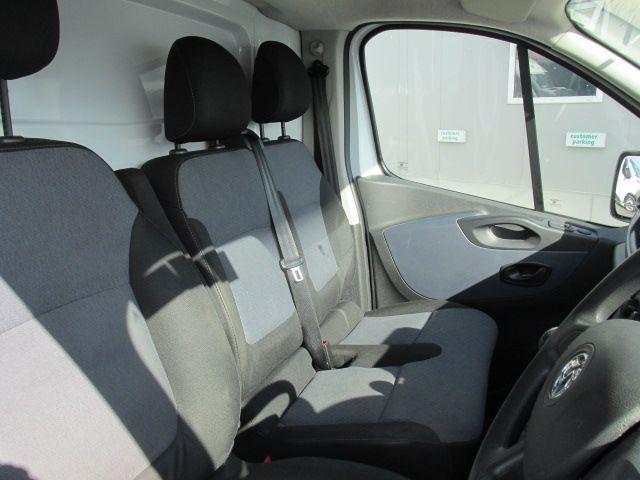 2015 Vauxhall Vivaro 2900 L2H1 CDTI P/V (152D24016) Image 11