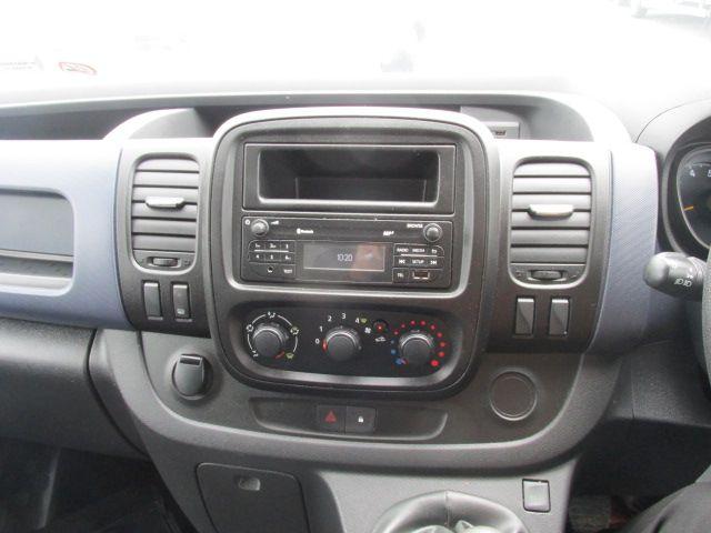 2015 Vauxhall Vivaro 2900 L2H1 CDTI P/V (152D24027) Image 14