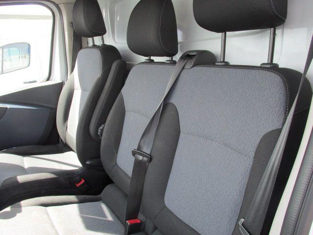 2015 Vauxhall Vivaro 2900 L2H1 CDTI P/V (152D24030) Image 11