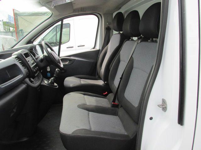 2015 Vauxhall Vivaro 2900 L2H1 CDTI P/V (152D24034) Image 10