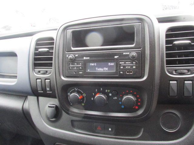 2015 Vauxhall Vivaro 2900 L2H1 CDTI P/V (152D24047) Image 15