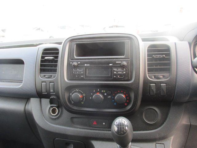 2015 Vauxhall Vivaro 2900 L2H1 CDTI P/V (152D24050) Image 15