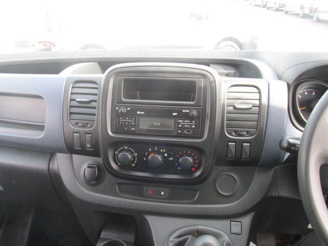 2015 Vauxhall Vivaro 2900 L2H1 CDTI P/V (152D24063) Image 13