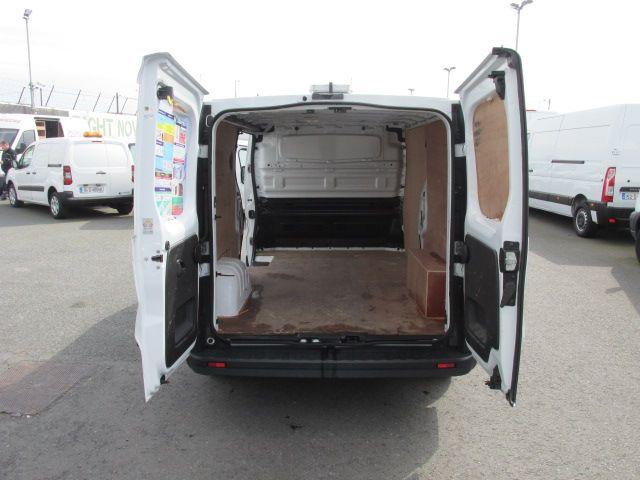 2015 Vauxhall Vivaro 2900 L2H1 CDTI P/V (152D24064) Image 10