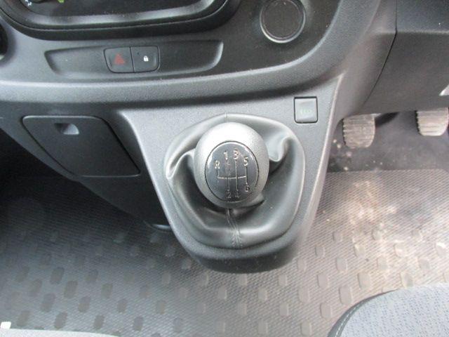 2015 Vauxhall Vivaro 2900 L2H1 CDTI P/V (152D24074) Image 15