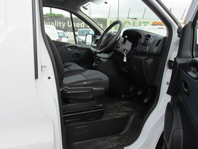 2015 Vauxhall Vivaro 2900 L2H1 CDTI P/V (152D24074) Image 11
