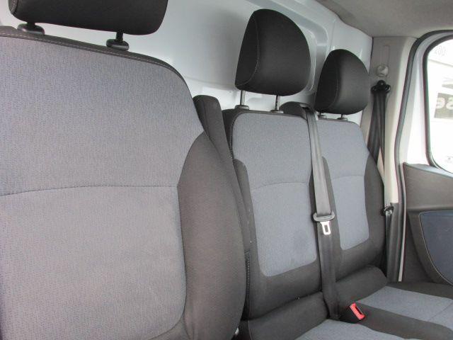 2015 Vauxhall Vivaro 2900 L2H1 CDTI P/V (152D24074) Image 16
