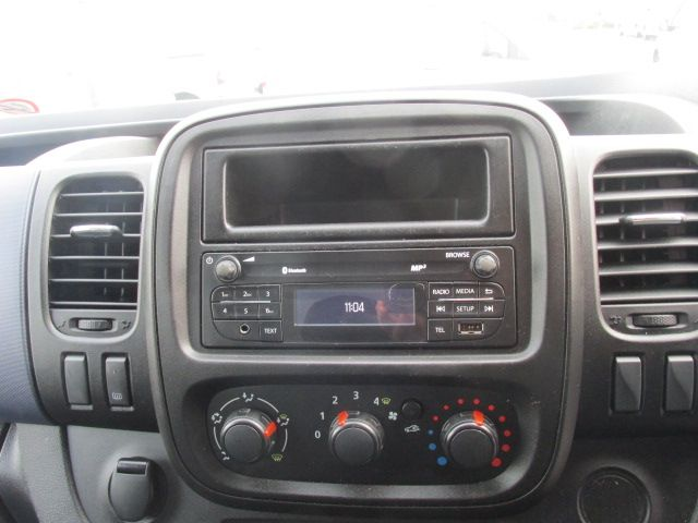 2015 Vauxhall Vivaro 2900 L2H1 CDTI P/V (152D24074) Image 14