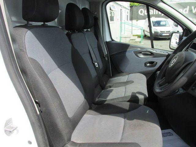 2015 Vauxhall Vivaro 2900 L2H1 CDTI P/V (152D24080) Image 11