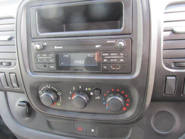 2015 Vauxhall Vivaro 2900 L2H1 CDTI P/V (152D24080) Image 12