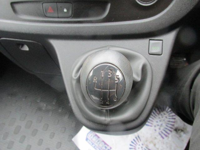 2015 Vauxhall Vivaro 2900 L2H1 CDTI P/V (152D24082) Image 13