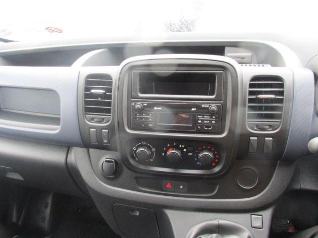 2015 Vauxhall Vivaro 2900 L2H1 CDTI P/V (152D24082) Image 14
