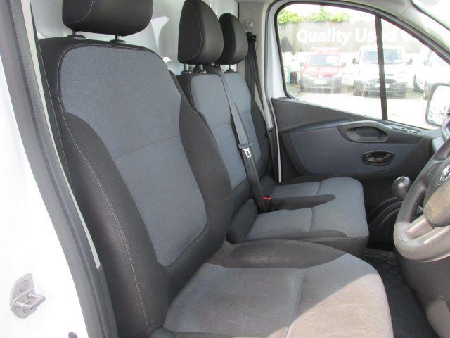 2015 Vauxhall Vivaro 2900 L2H1 CDTI P/V (152D24083) Image 13