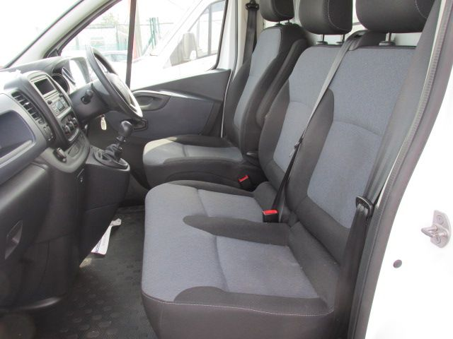 2015 Vauxhall Vivaro 2900 L2H1 CDTI P/V (152D24083) Image 12